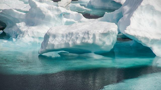 drift-ice-3048163_640 FAIReconomicsNewsletter KW 40NACHRICHTEN: Sonderbericht des IPCC über Ozeane und Eisschilde, Klimabericht Zahlen weg, Merkel widerspricht Greta, AfD gegen Klimawandel, Newsletter