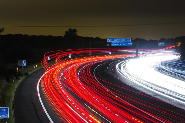 traffic-332857_640 FAIReconomicsNewsletter KW 43NACHRICHTEN: Atomfonds als Vorbild, Nordsee-Ölplattform, klimafreundliche SPD-Teams, Tempolimit, Mobilität und mehr und Neues aus dem Bundestag Newsletter