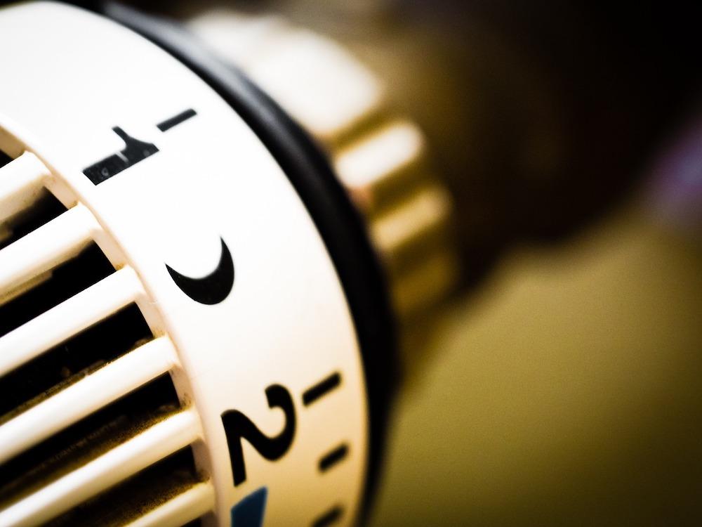 heating-949081_1280 FAIReconomicsNewsletter KW04/20 Erderwärmung in Europa besonders stark, EU Green Deal, Kohleausstieg in Deutschland, Tesla Gigafabrik, Scheuer behindert U-Ausschuss, Neues aus dem Bundestag Newsletter